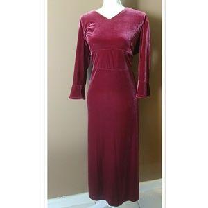 🔥➕ Dark Pink Velvet Maxi Dress